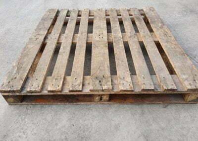 Palet de madera 120x120 fuerte perimetrico Cd.22
