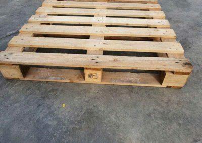 Palet-usado-de-110x-110-perimetrico